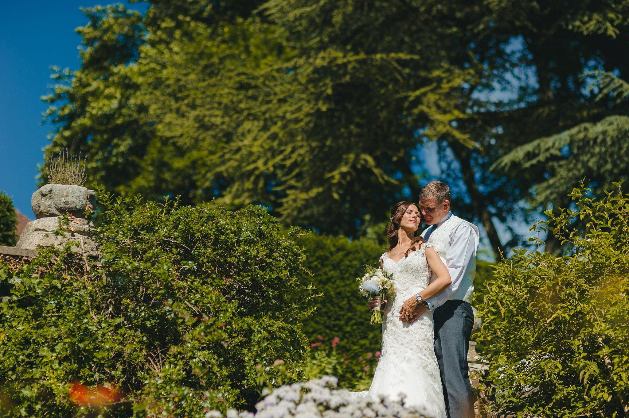 how-caple-court-wedding-photographer
