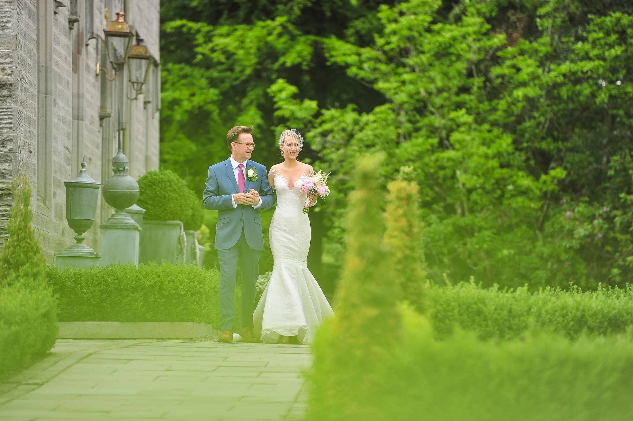 Lemore Manor Wedding Photographer | Hannah and Angus 18