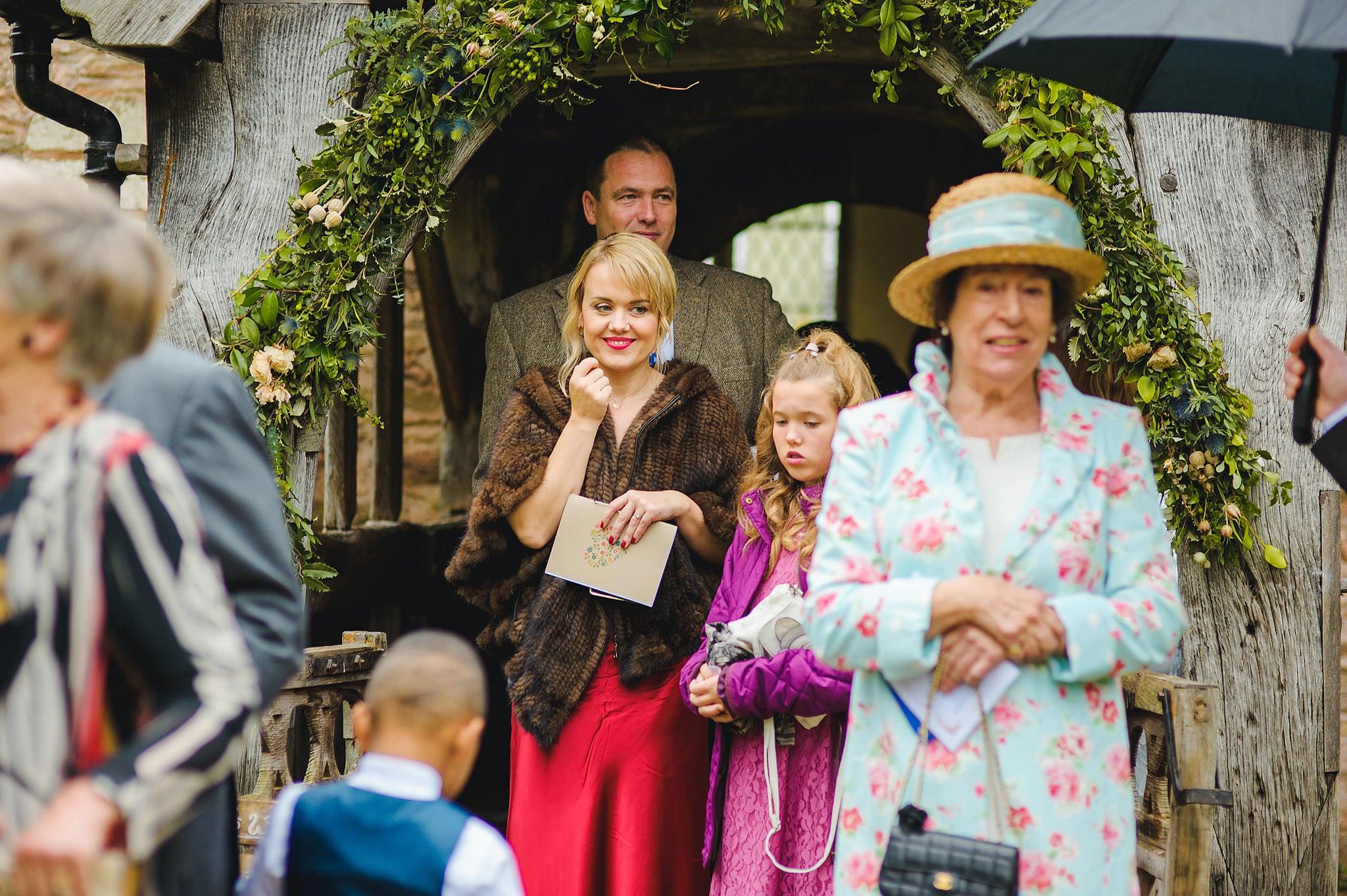 Dewsall Court wedding photography Herefordshire | Laura + Alex 59