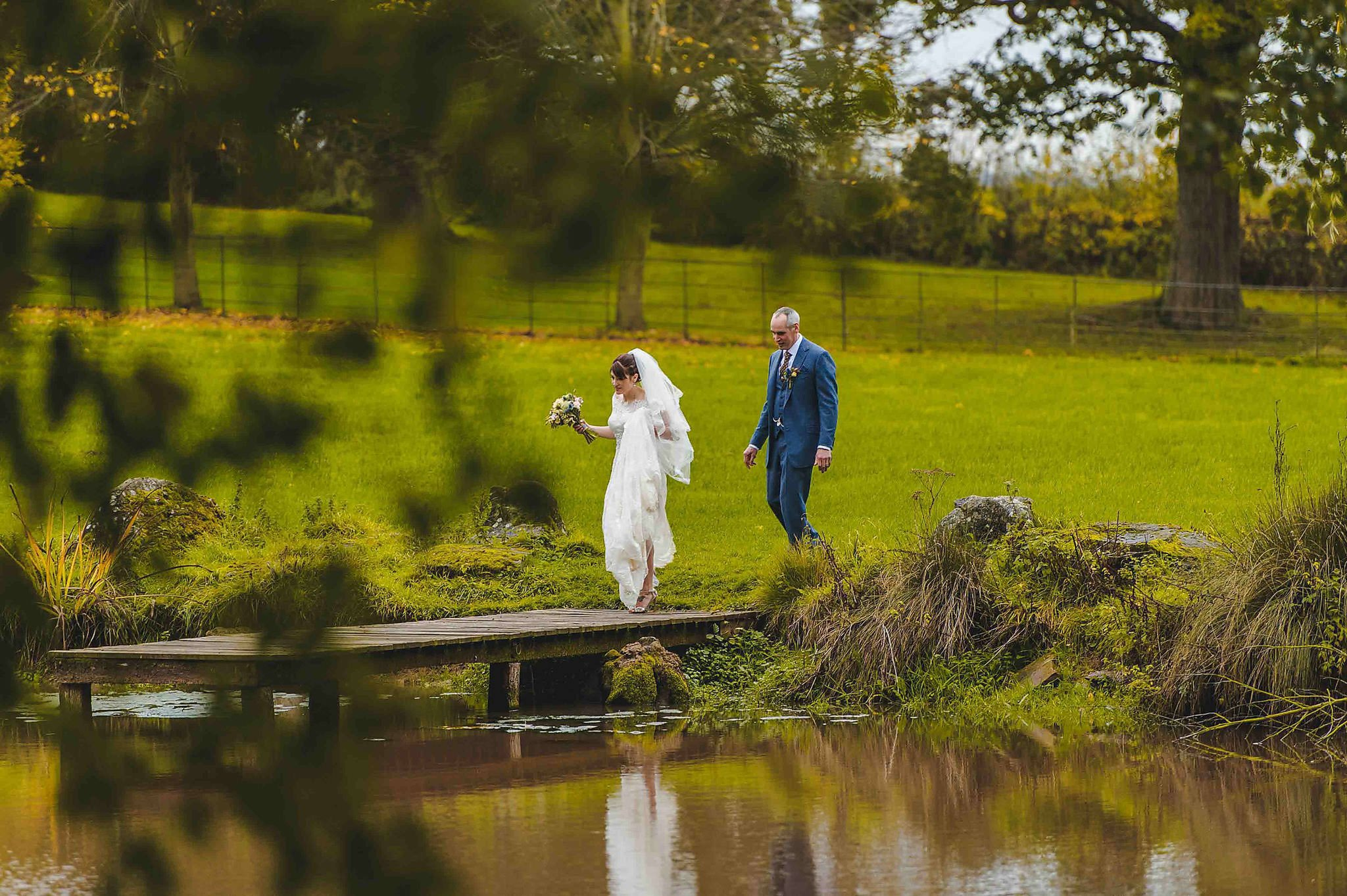 Dewsall Court wedding photography Herefordshire | Laura + Alex 89