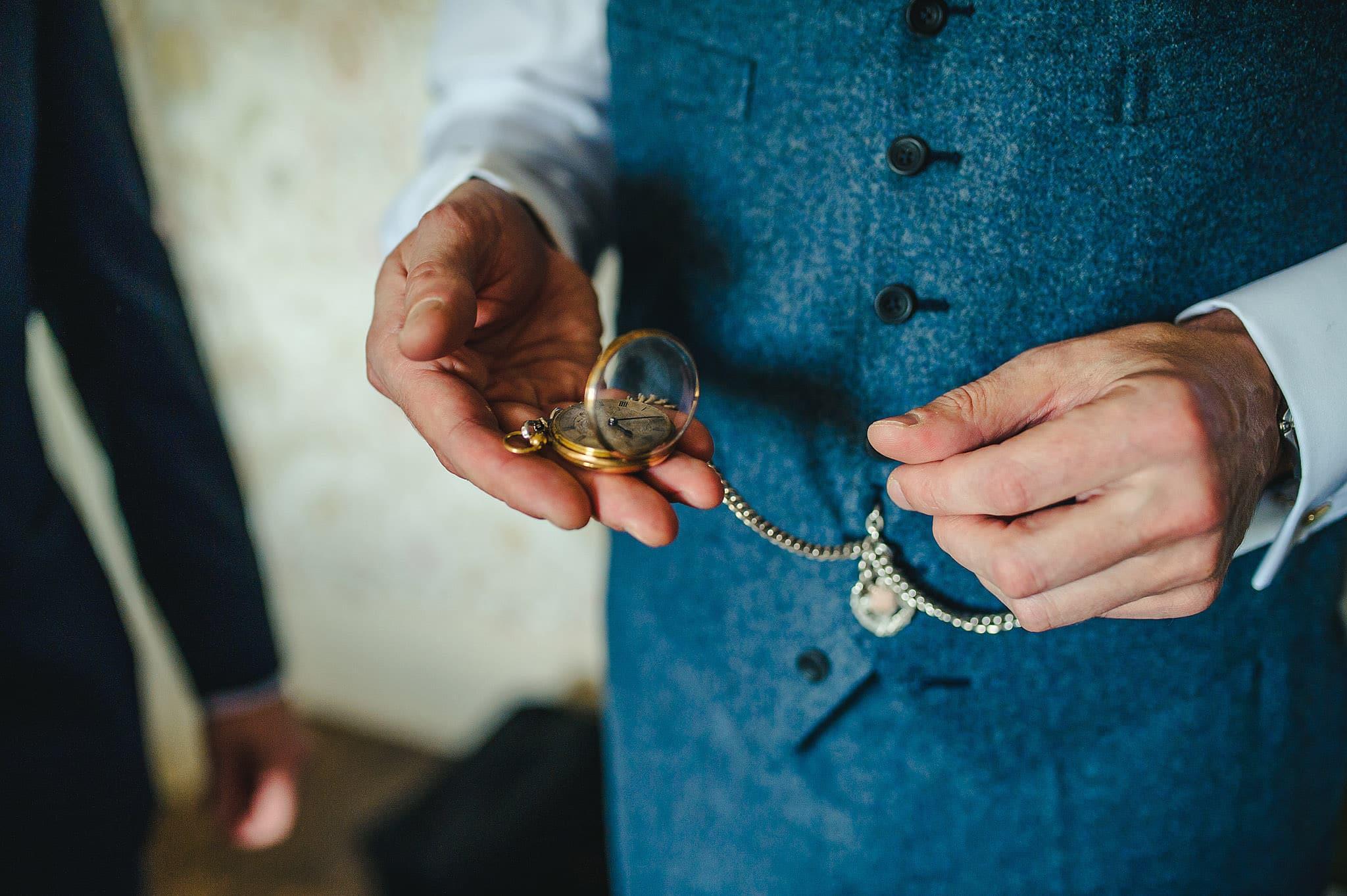 Dewsall Court wedding photography Herefordshire | Laura + Alex 17