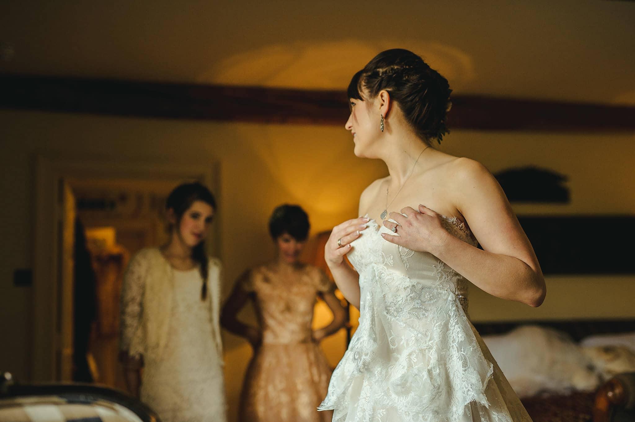 Dewsall Court wedding photography Herefordshire | Laura + Alex 8
