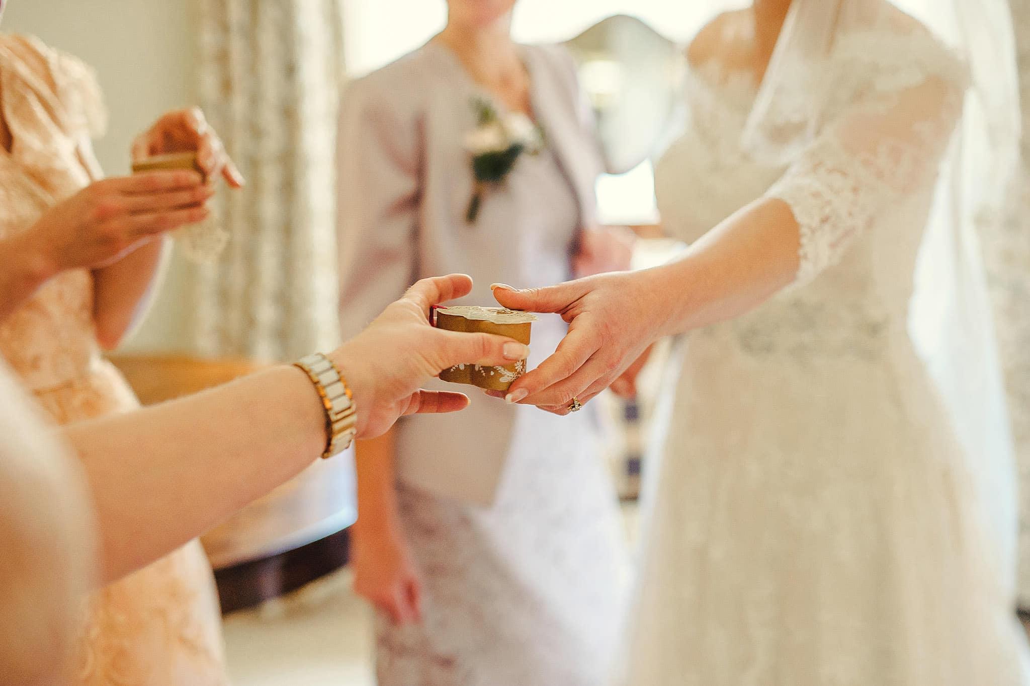 Dewsall Court wedding photography Herefordshire | Laura + Alex 34