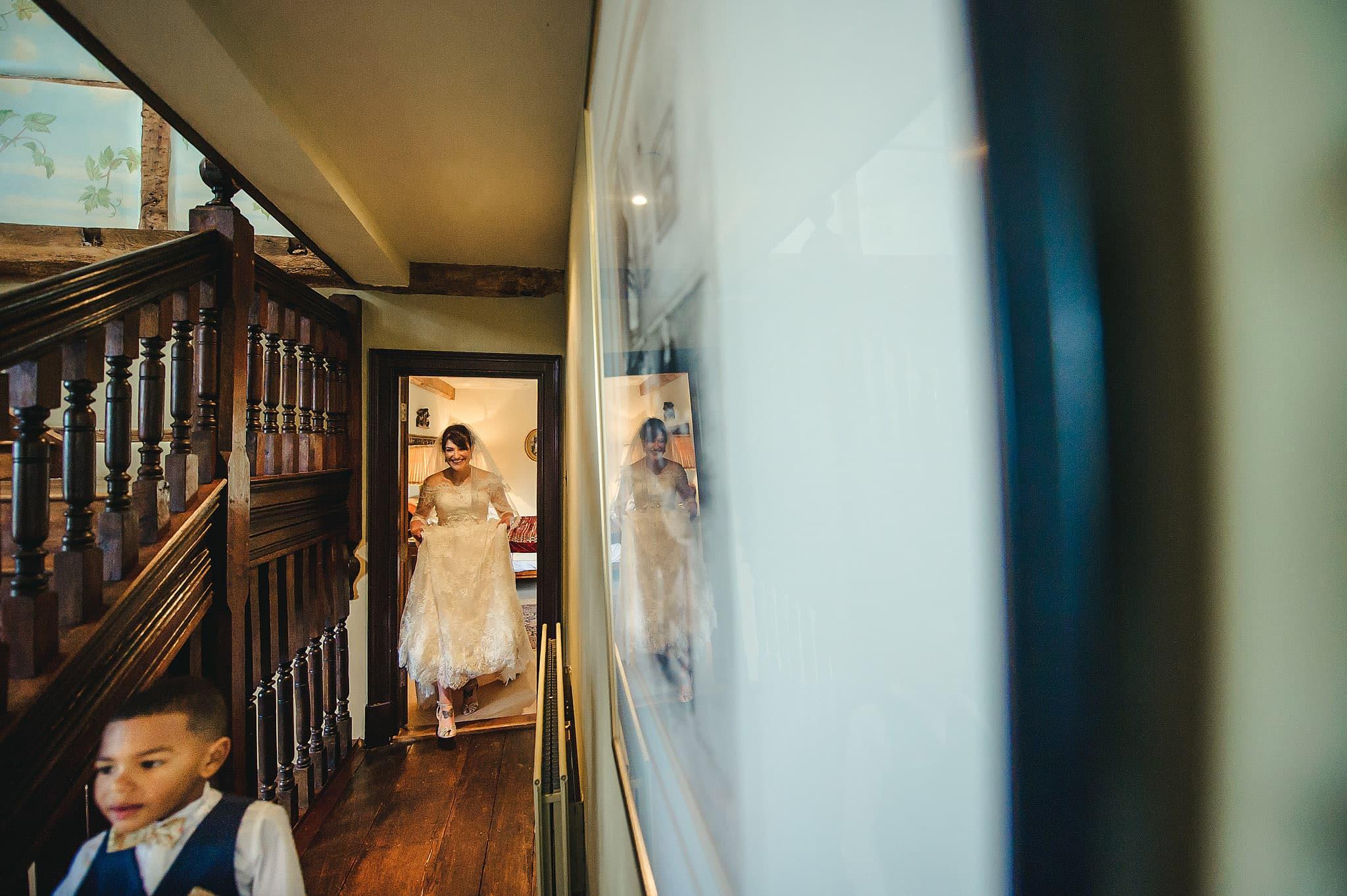 Dewsall Court wedding photography Herefordshire | Laura + Alex 37