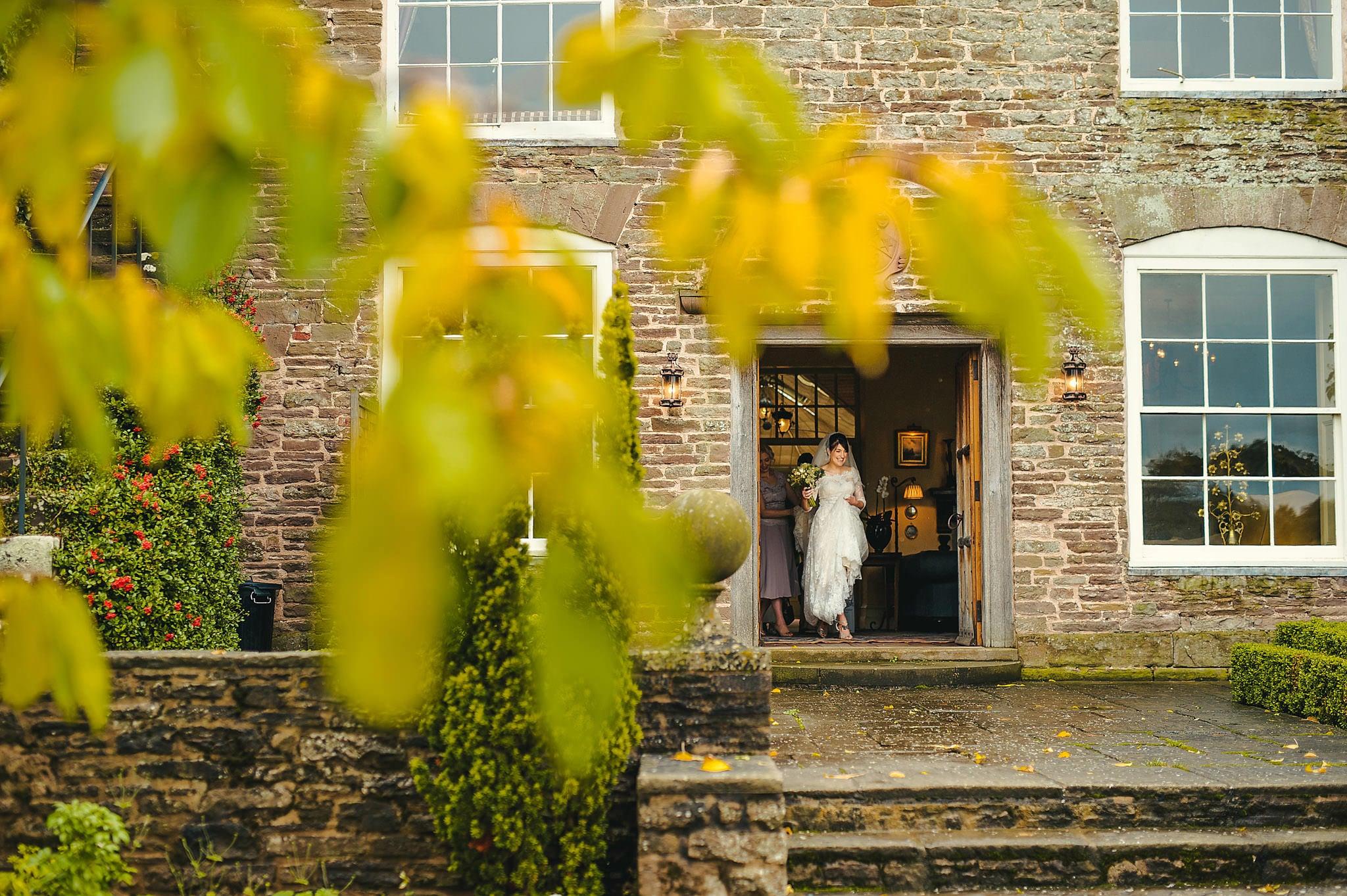 Dewsall Court wedding photography Herefordshire | Laura + Alex 40