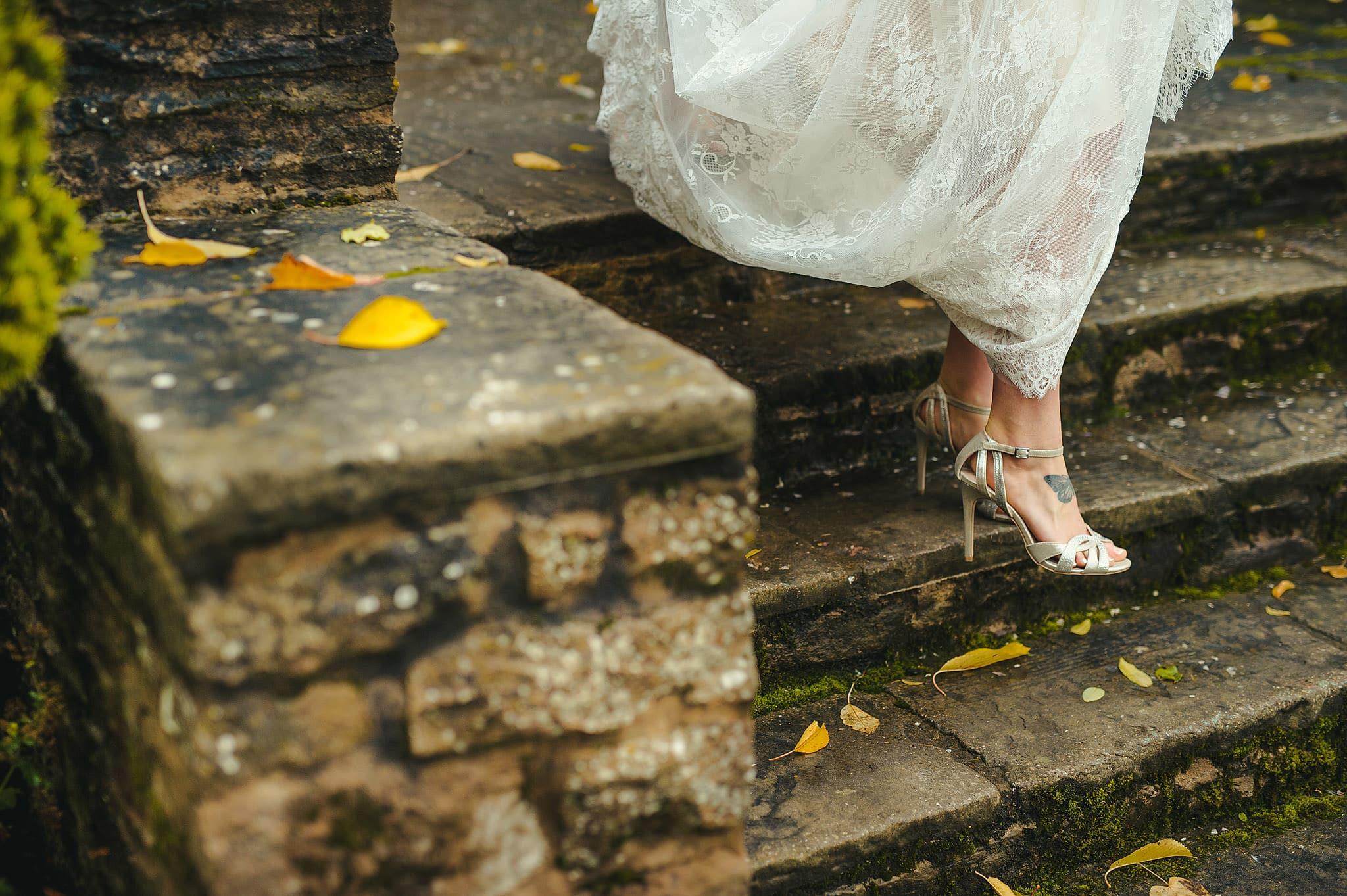 Dewsall Court wedding photography Herefordshire | Laura + Alex 41