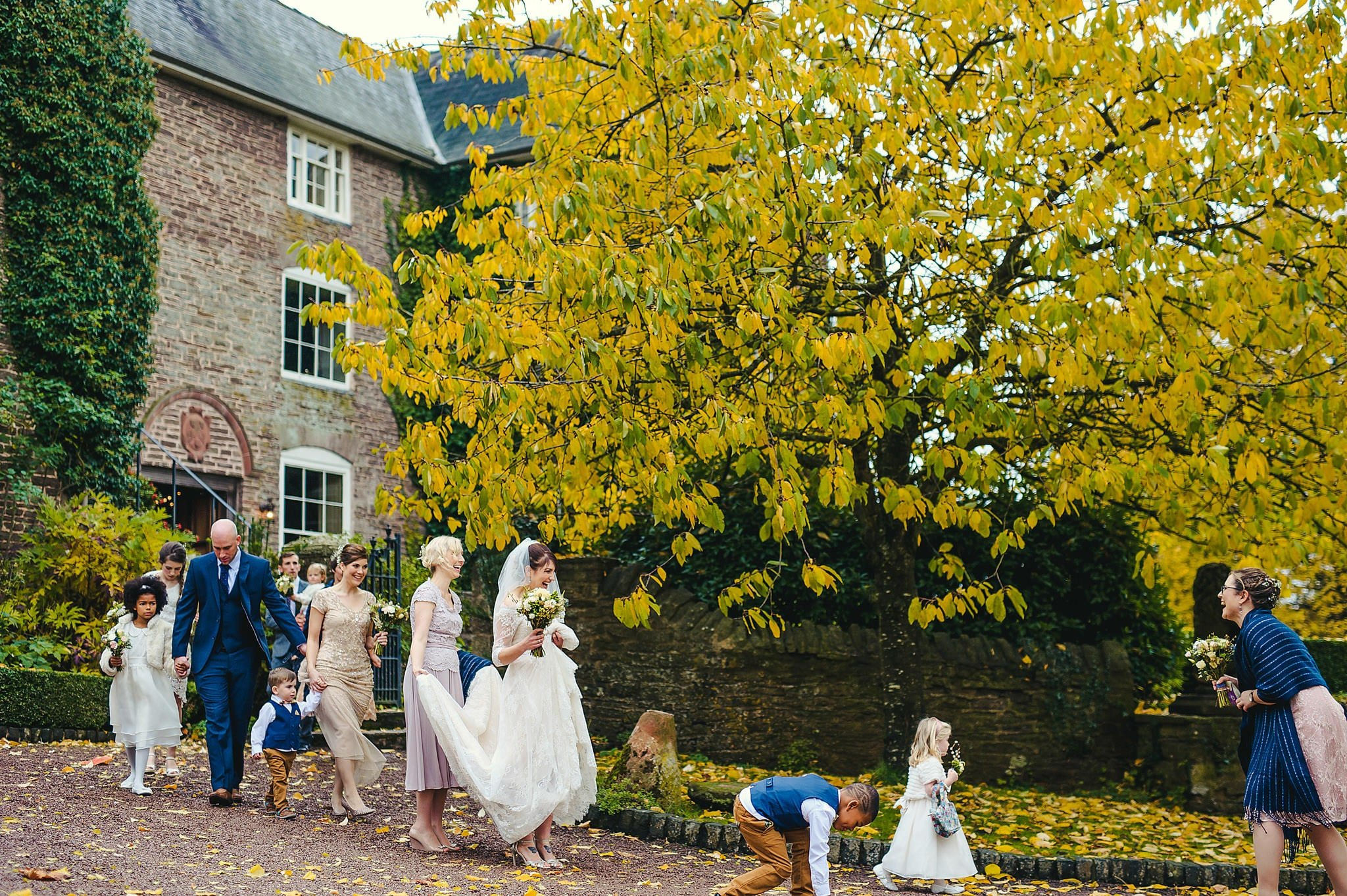 Dewsall Court wedding photography Herefordshire | Laura + Alex 43