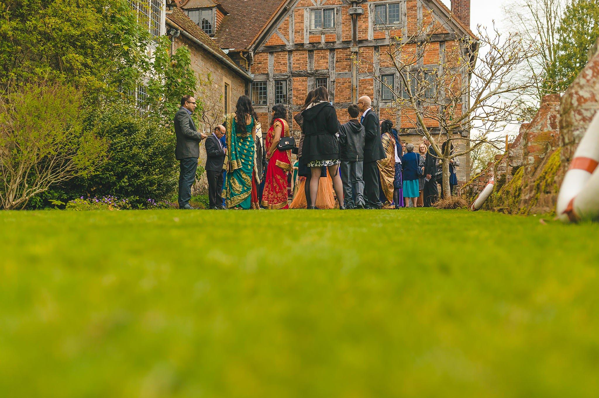 Sheena + Lee | Birtsmorton Court Wedding 8