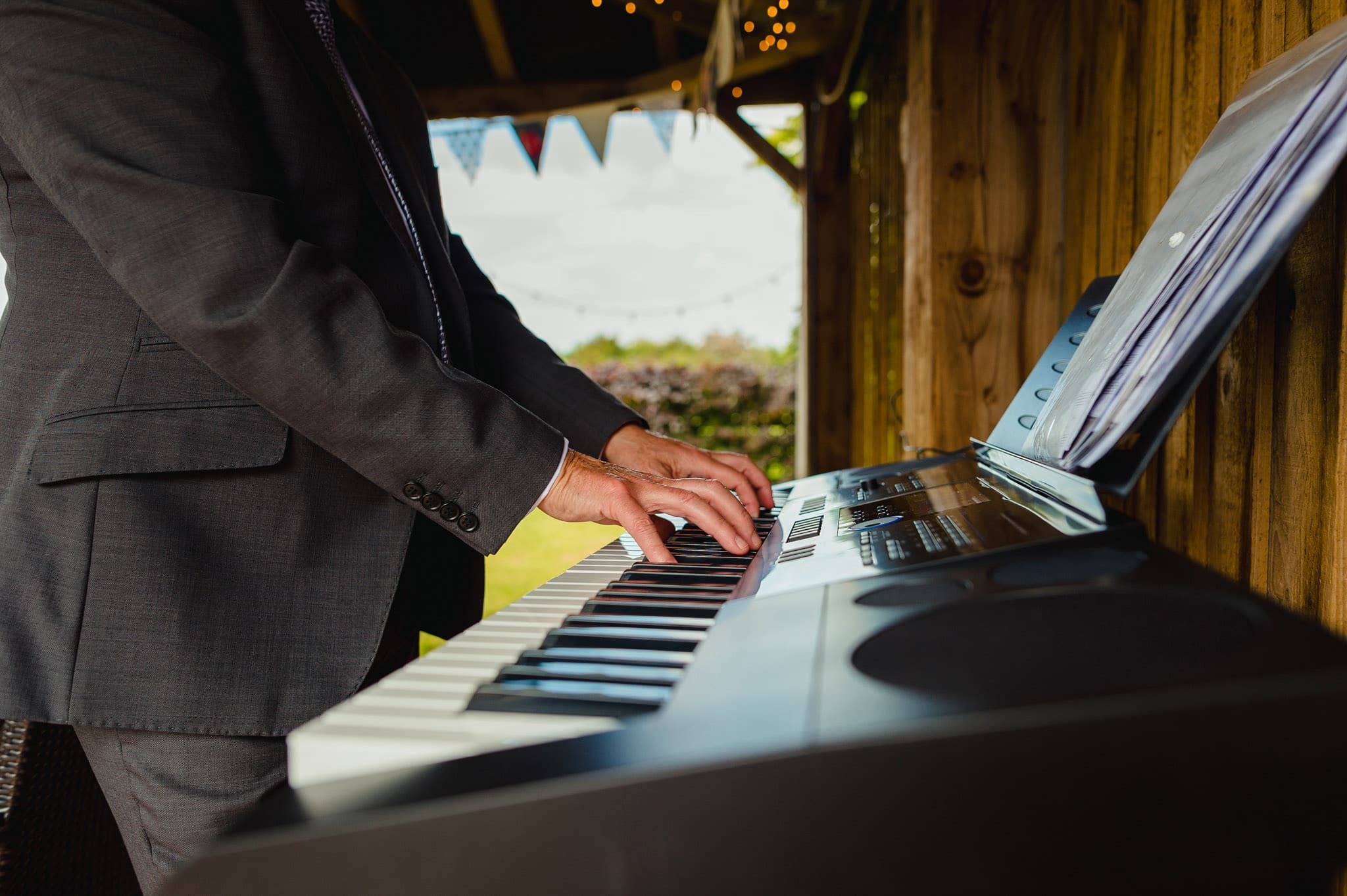 Wedding at Redhouse Barn in Stoke Prior, Worcestershire 83