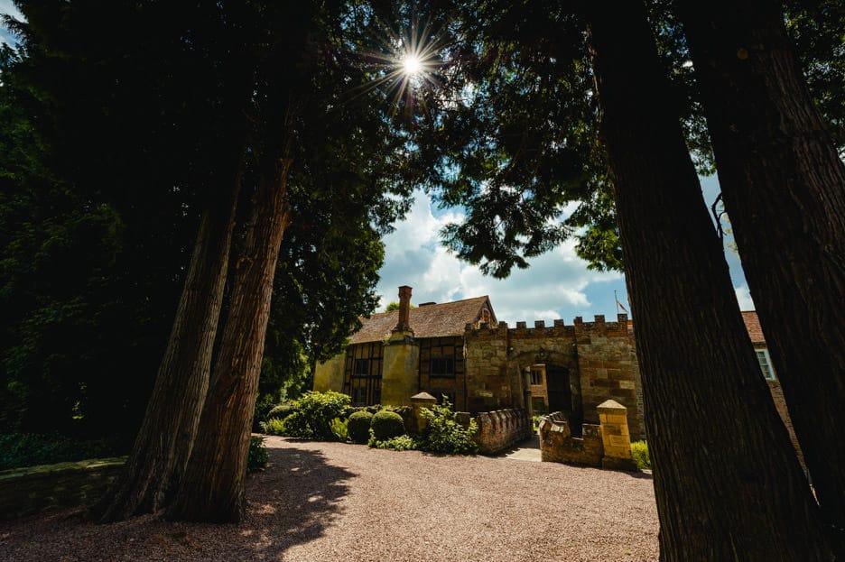 Birtsmorton Court wedding pictures, Worcestershire, West Midlands - Marie & Sam 1