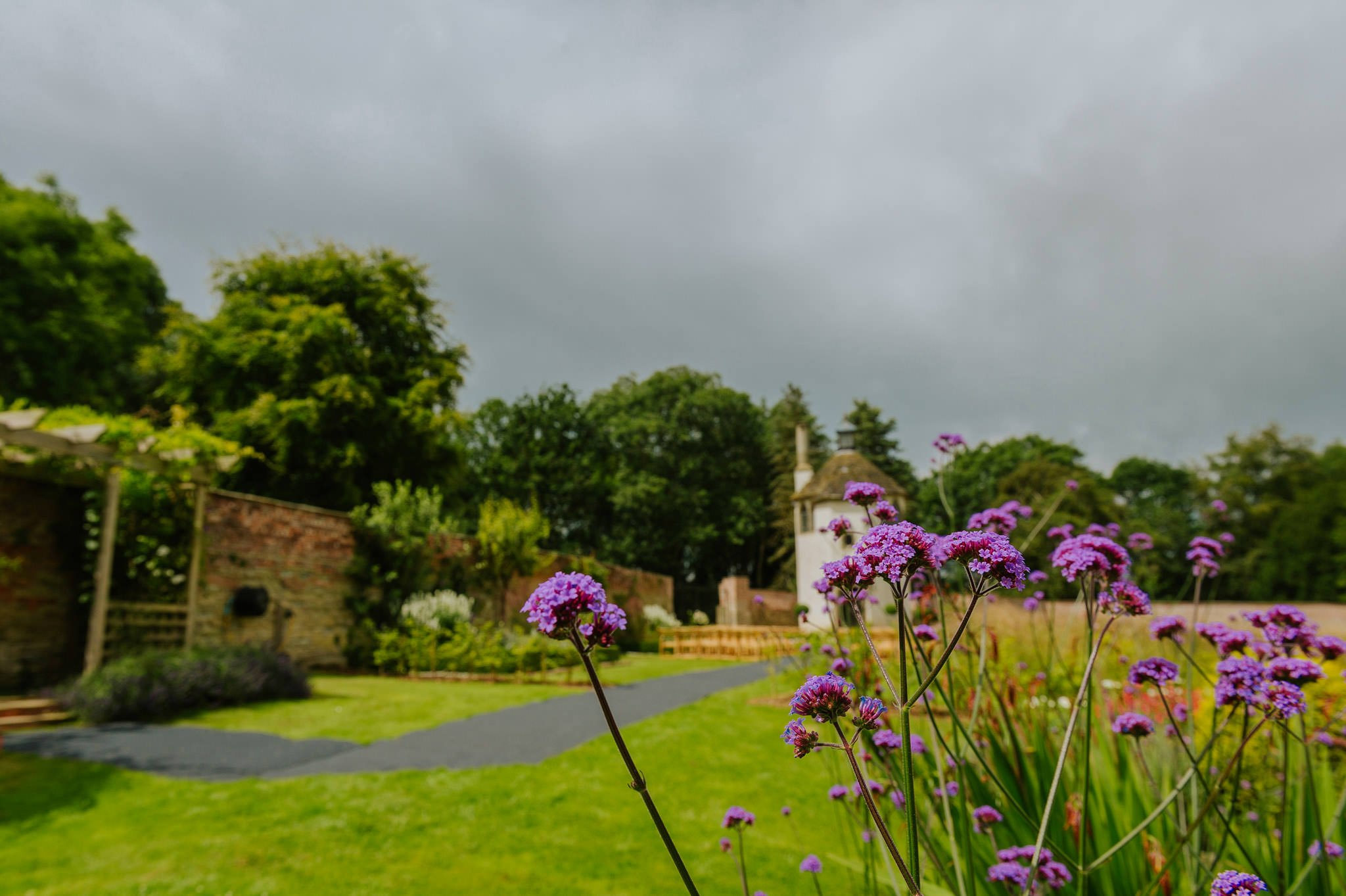 Wedding photography at Homme House in Herefordshire, West Midlands 7
