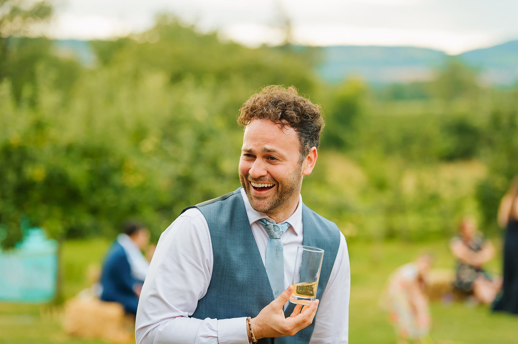 Wedding photography at Hellens Manor in Herefordshire, West Midlands | Shelley + Ian 120