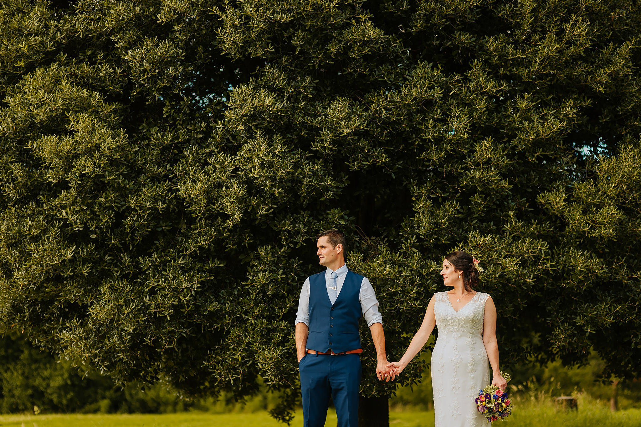Wedding photography at Hellens Manor in Herefordshire, West Midlands | Shelley + Ian 114