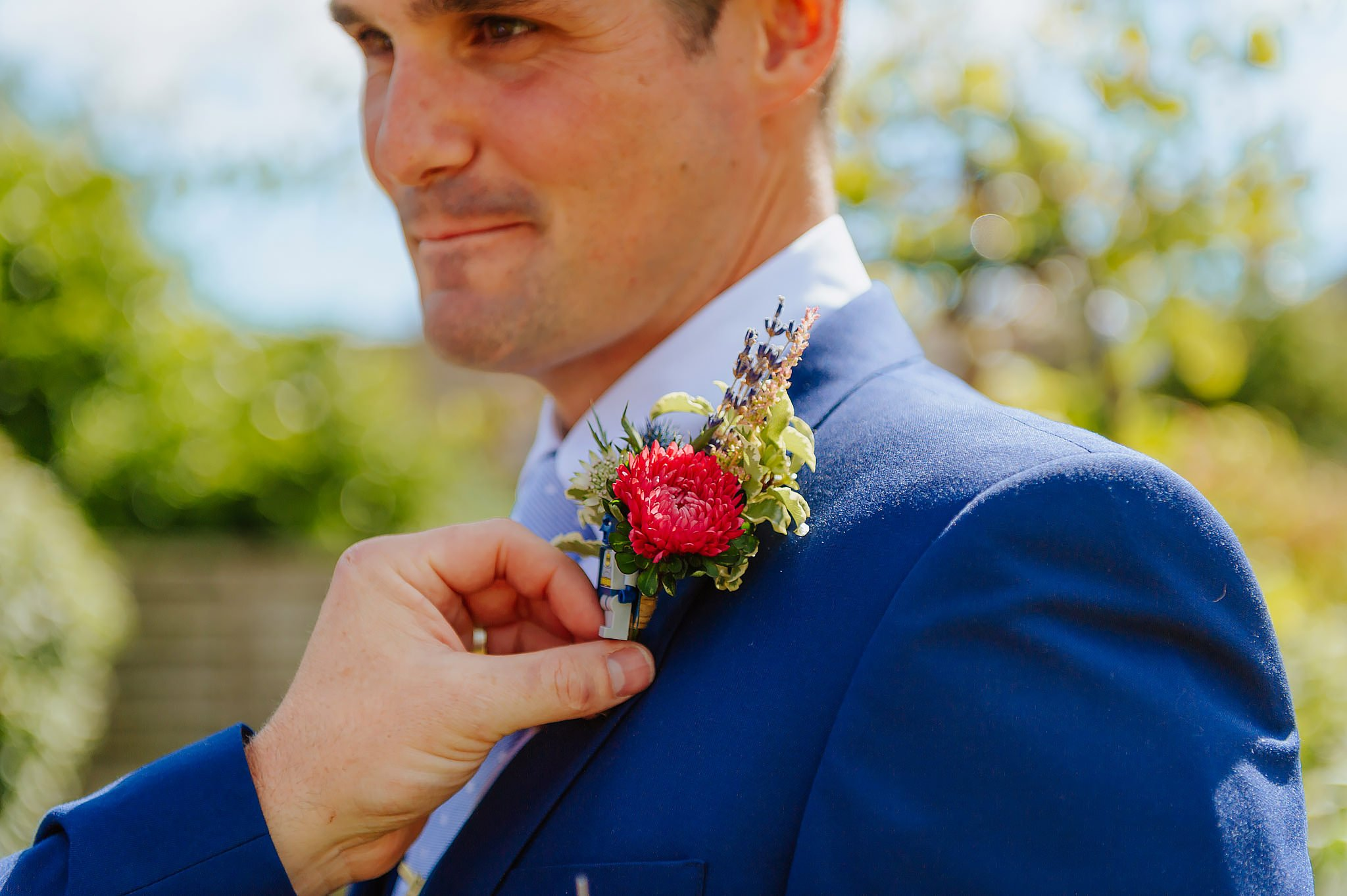 Wedding photography at Hellens Manor in Herefordshire, West Midlands | Shelley + Ian 12