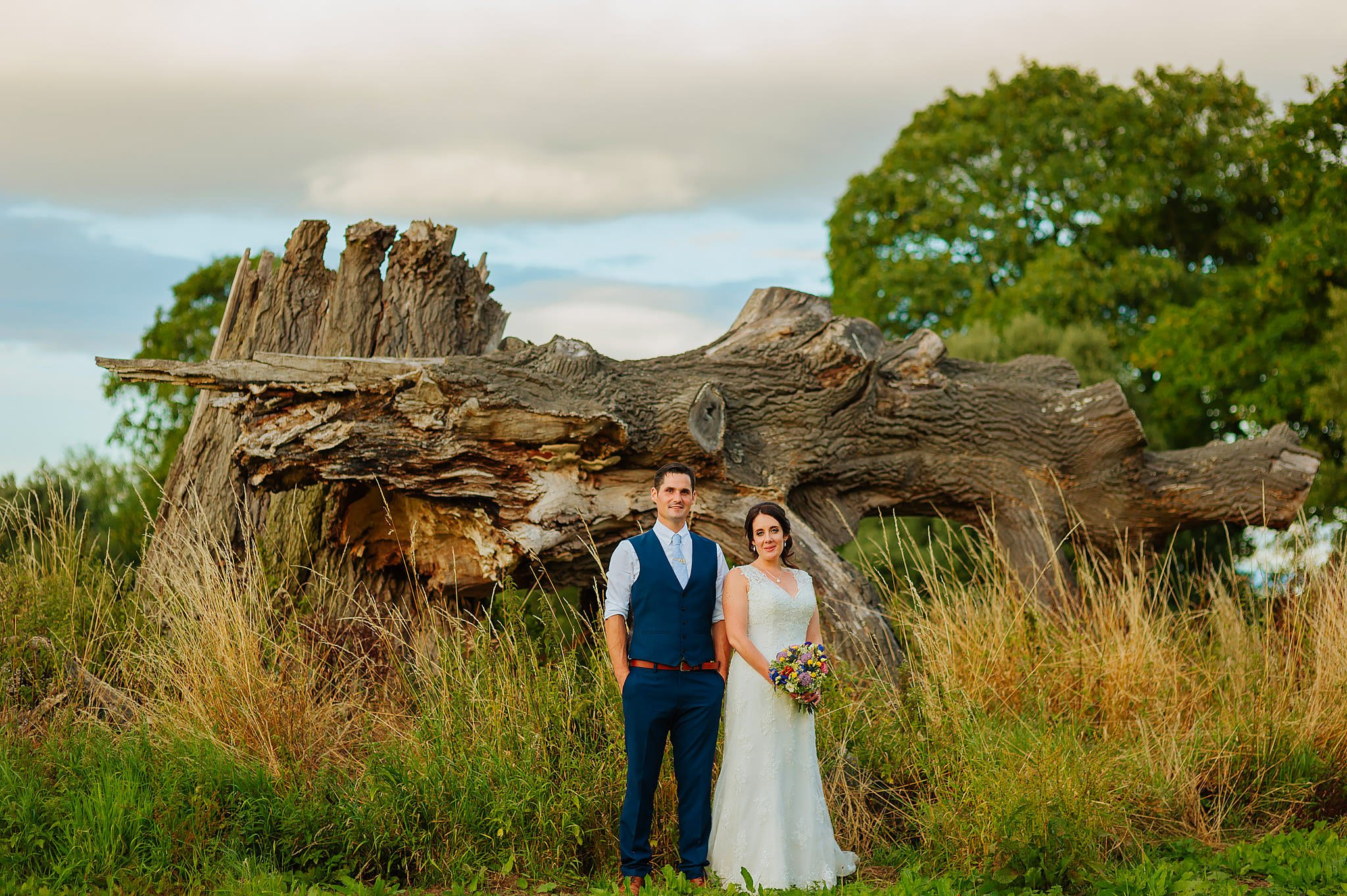 Wedding photography at Hellens Manor in Herefordshire, West Midlands | Shelley + Ian 115