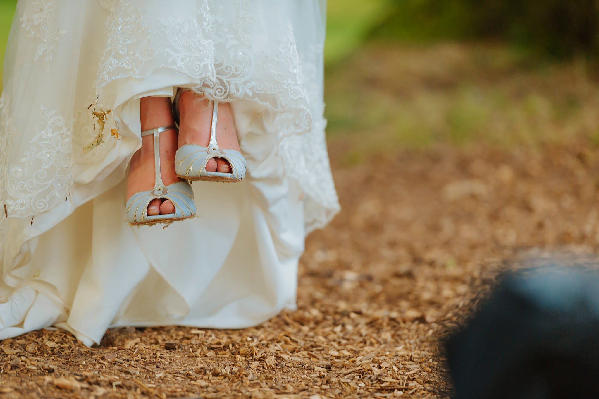 Wedding photography at Hellens Manor in Herefordshire, West Midlands | Shelley + Ian 124