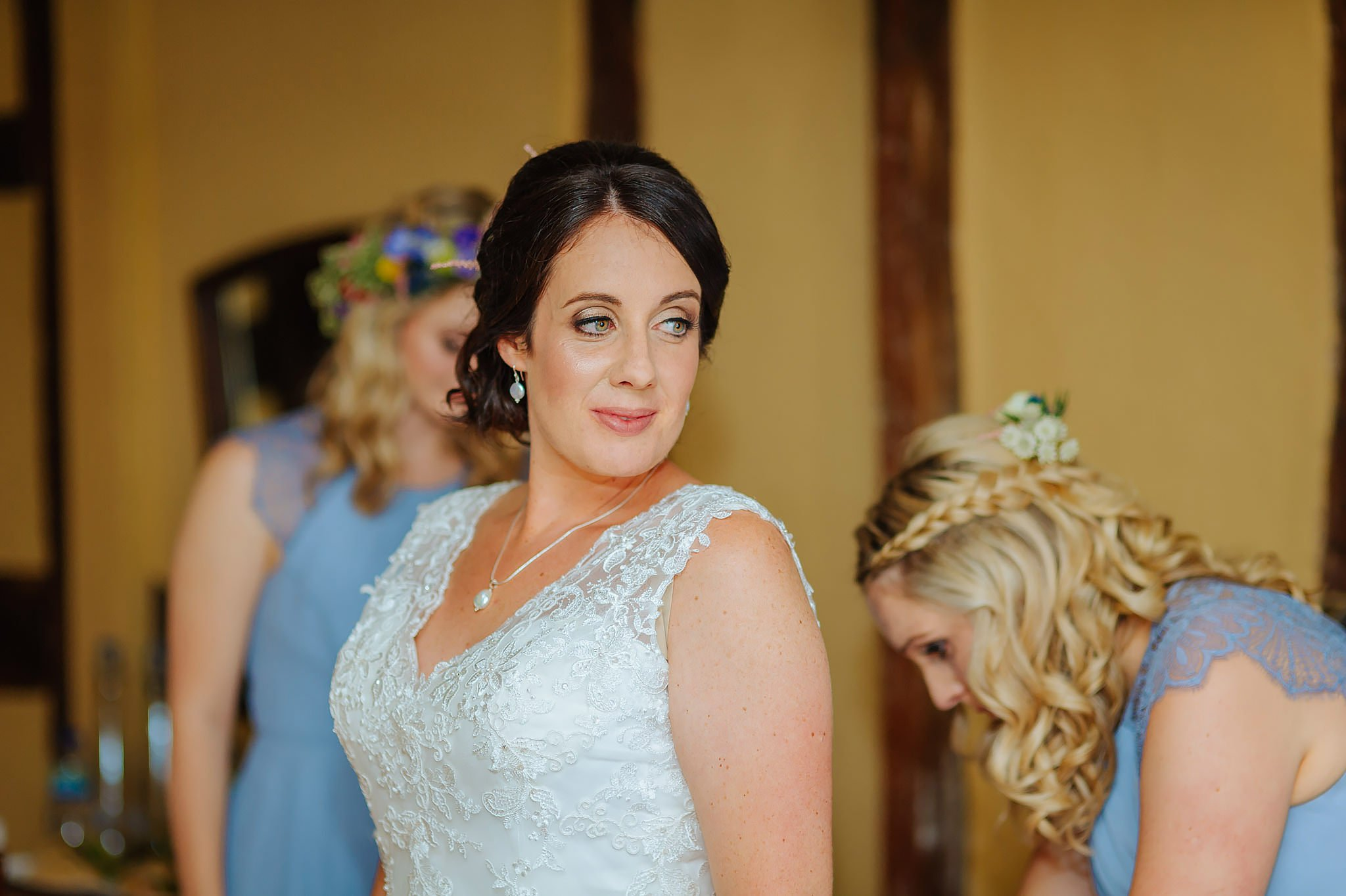 Wedding photography at Hellens Manor in Herefordshire, West Midlands | Shelley + Ian 9