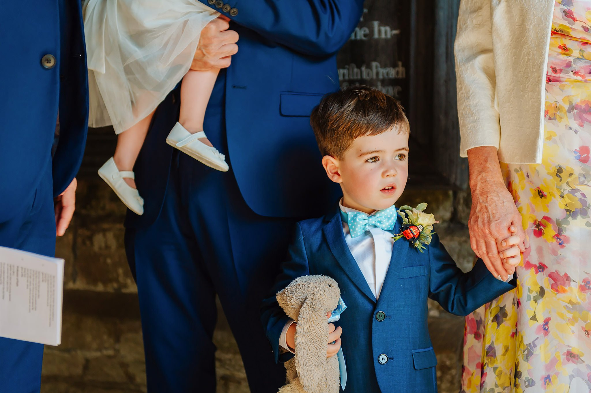 Wedding photography at Hellens Manor in Herefordshire, West Midlands | Shelley + Ian 24