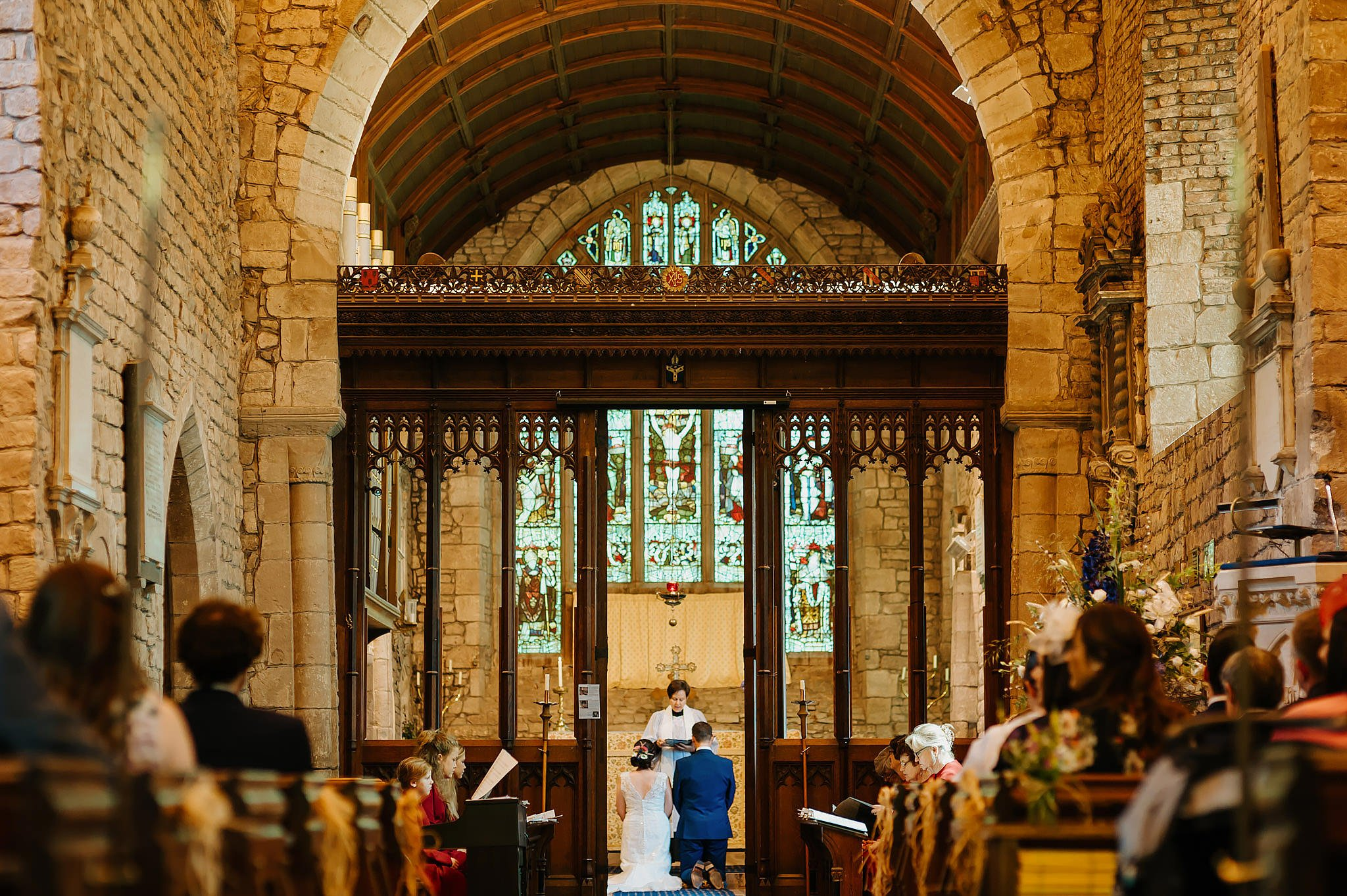 Wedding photography at Hellens Manor in Herefordshire, West Midlands | Shelley + Ian 30