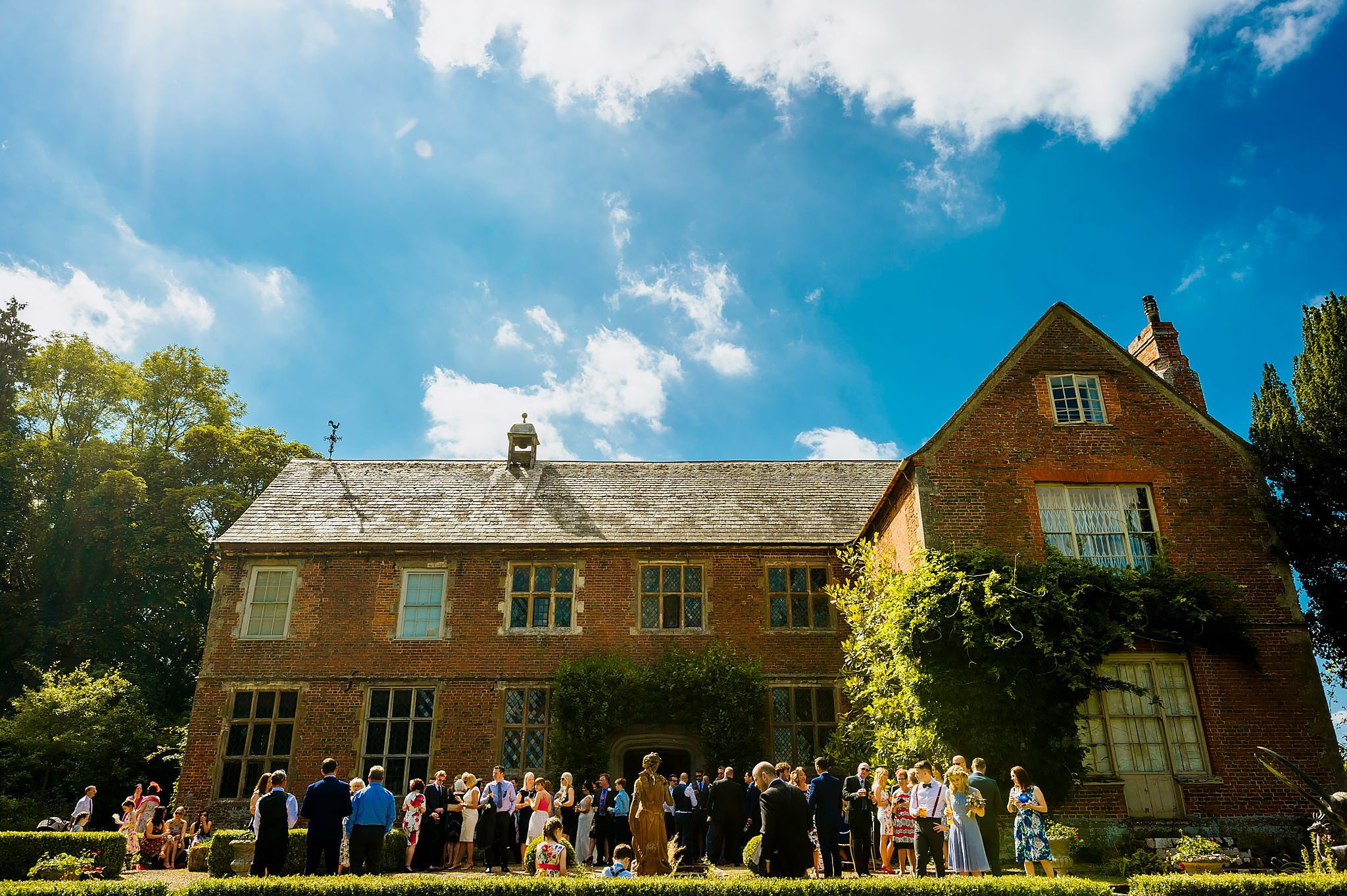 Wedding photography at Hellens Manor in Herefordshire, West Midlands | Shelley + Ian 54