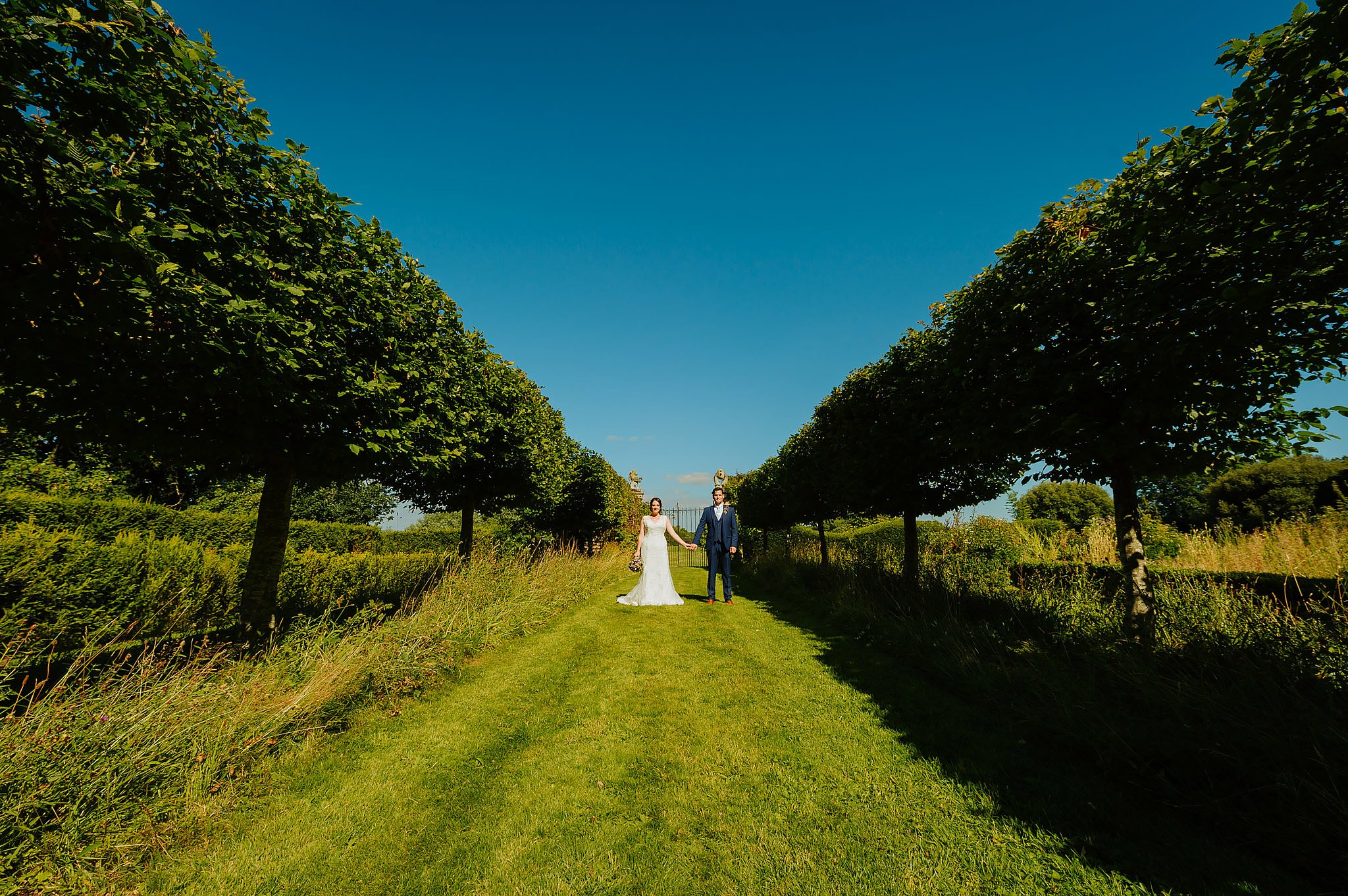 Wedding photography at Hellens Manor in Herefordshire, West Midlands | Shelley + Ian 71