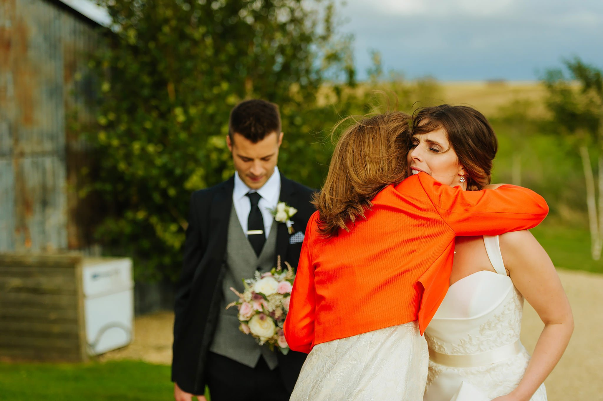 stone-barn-wedding-cotswolds (83)