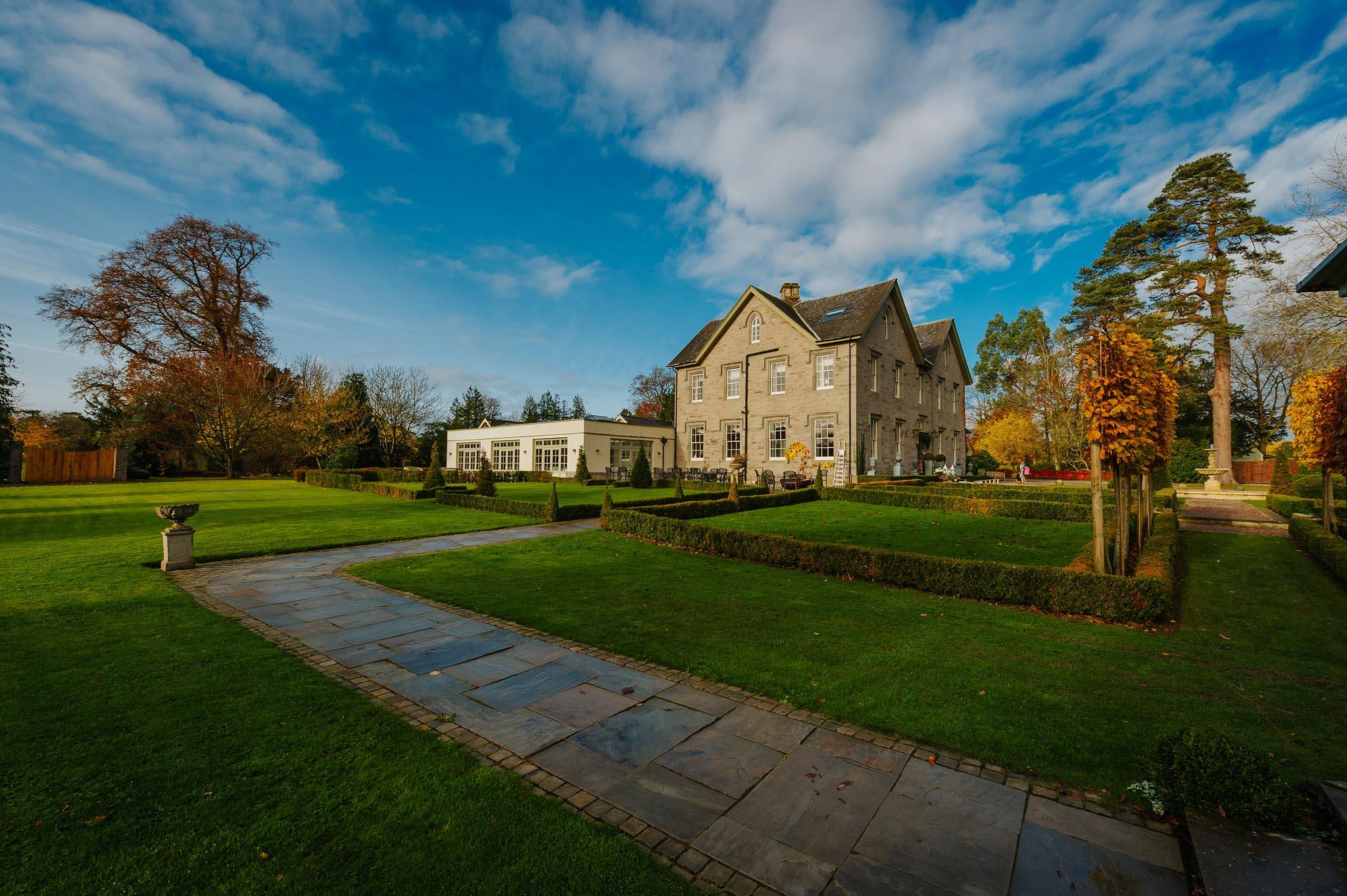 Lemore Manor wedding, Herefordshire - West Midlands | Sadie + Ken 18