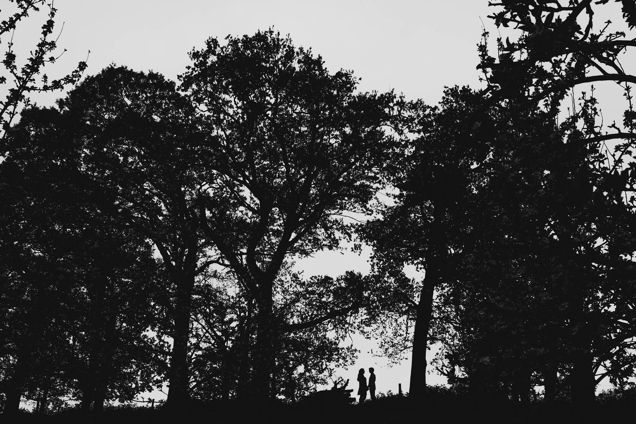 engagement-photography-in-herefordshire-west-midlands (11b)
