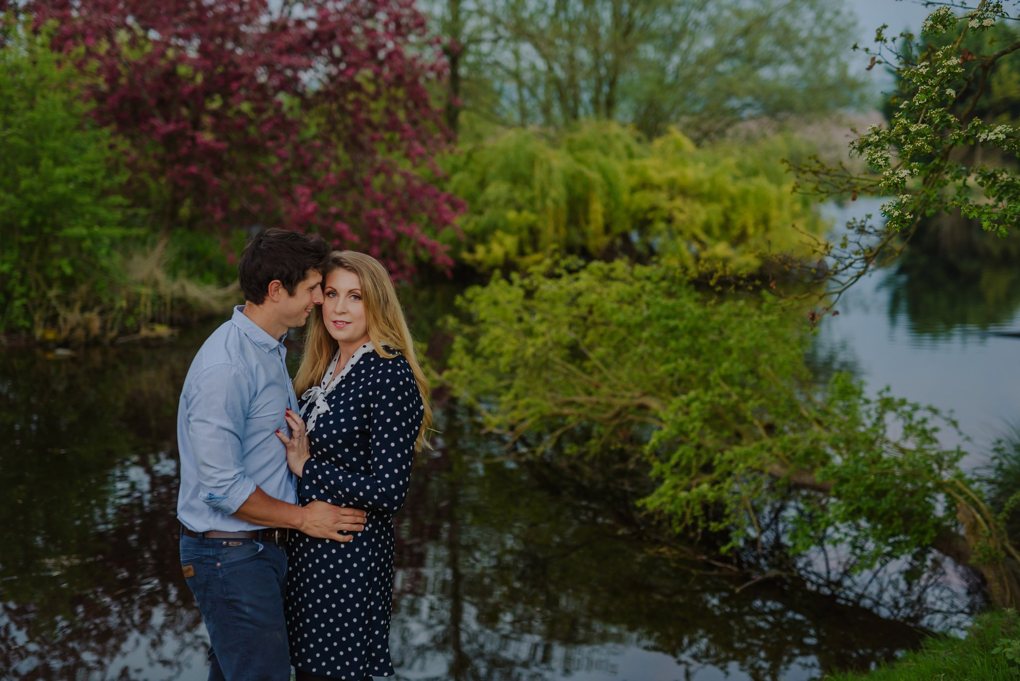 engagement-photography-in-herefordshire-west-midlands (37)