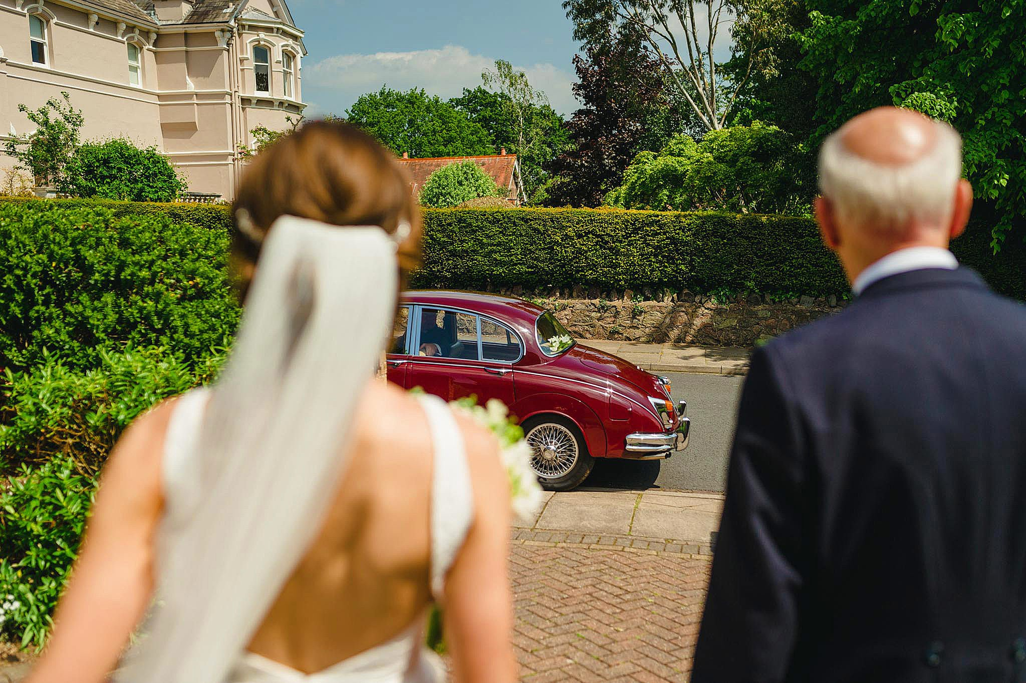 Birtsmorton Court wedding photography - Lizzie + Lloyd 15