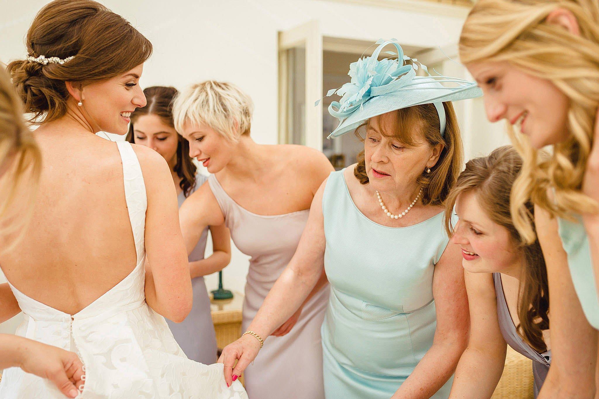 Birtsmorton Court wedding photography - Lizzie + Lloyd 5