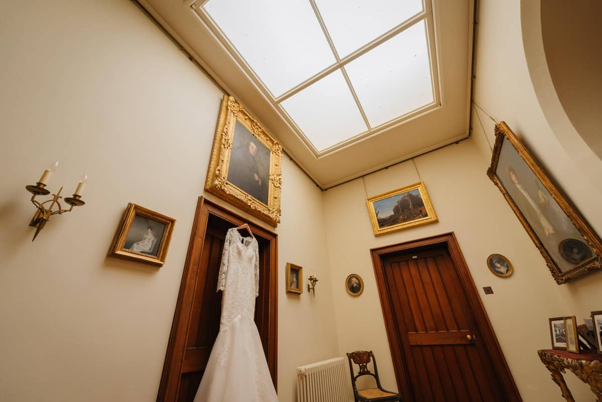 wedding-photography-at-eastnor-castle (2)