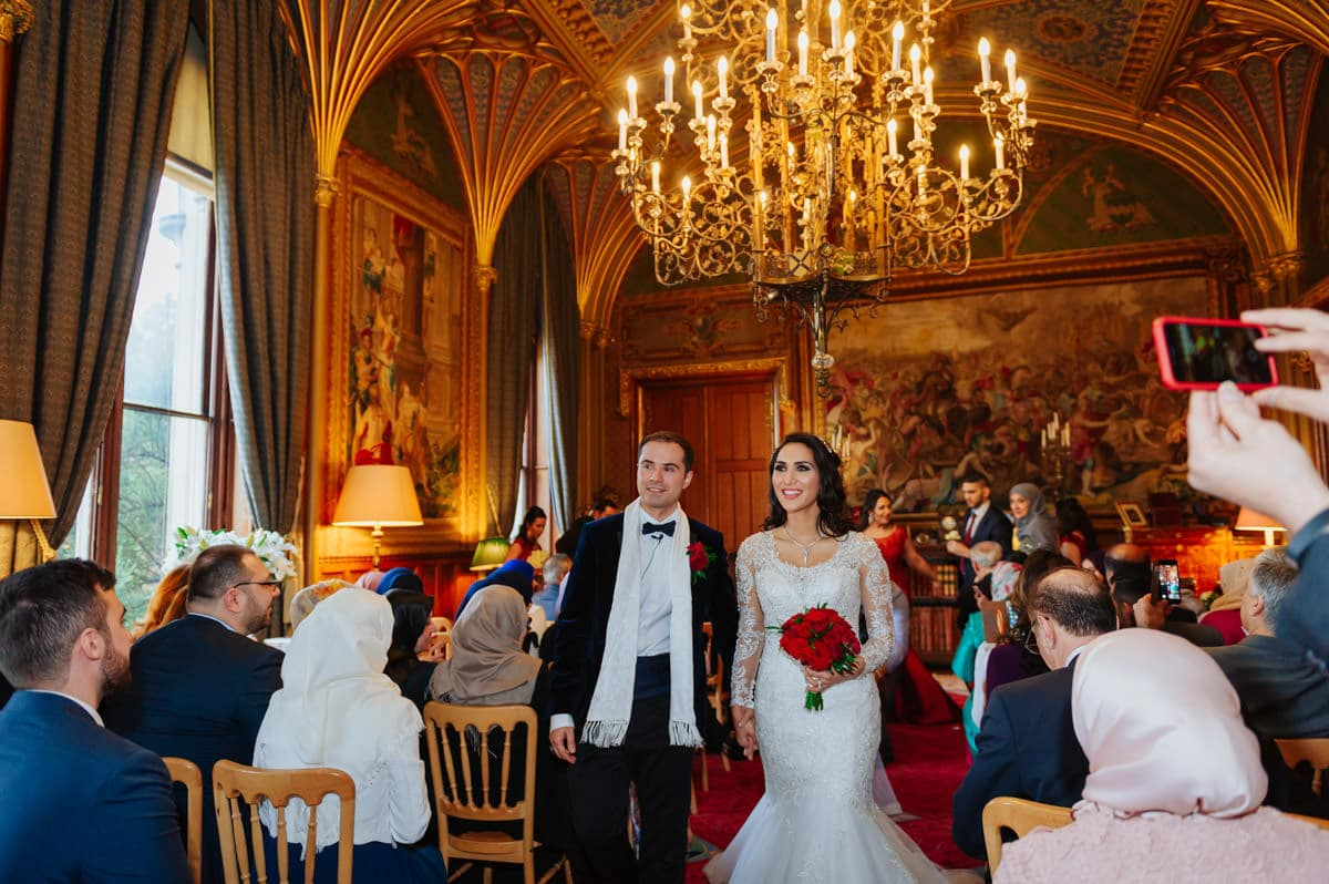 wedding-photography-at-eastnor-castle (39)