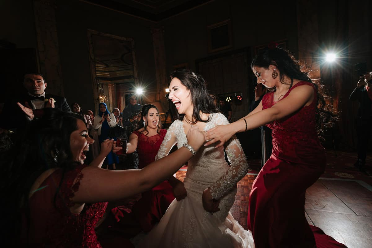 wedding-photography-at-eastnor-castle (75)