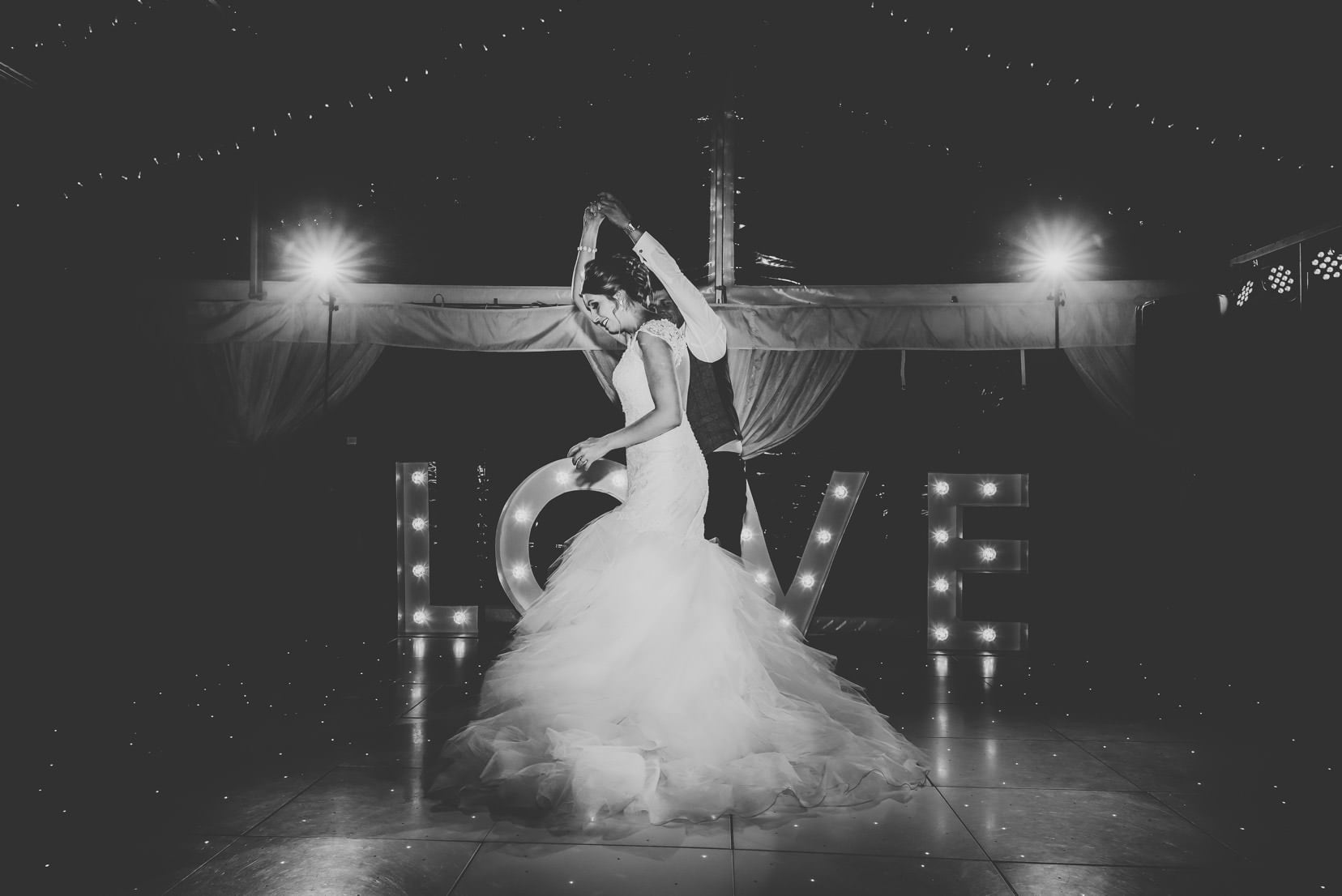 marquee-wedding-herefordshire-photography (168)