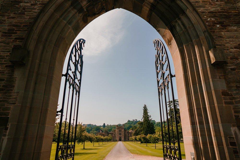 Hampton Court Castle Wedding 1